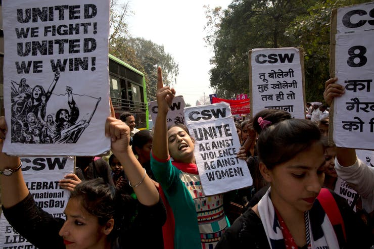 En Nueva Delhi, India, cientos de personas protestaron