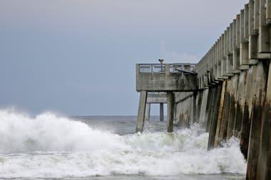 Se estima que el huracán tocará tierra hoy a la altura de Florida