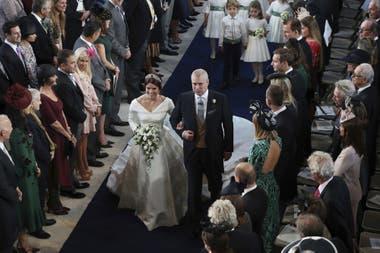 La Princesa entró con su padre el Príncipe Andrew, Duque de York