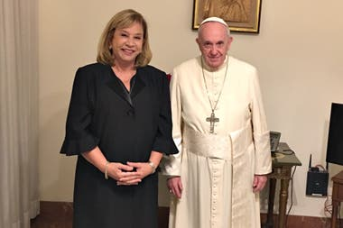 Carolina Perin y el Papa Francisco