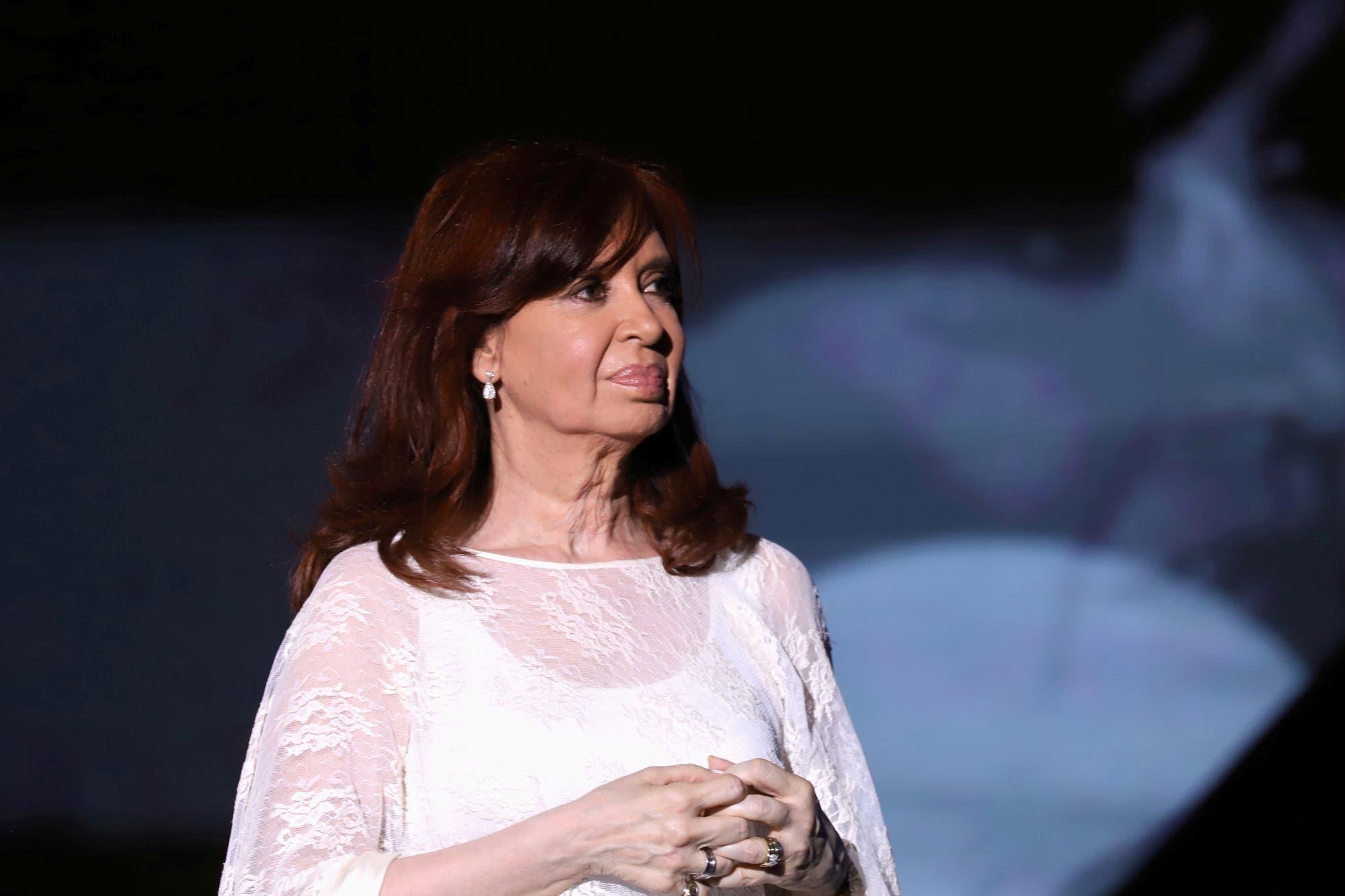 Cristina se hace cargo de la presidencia pero no pisará la Casa Rosada