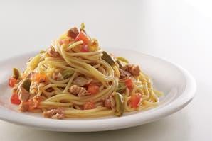 Spaguettis con atún