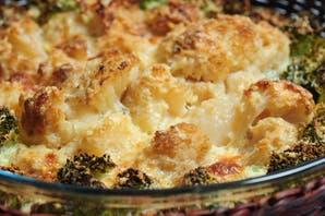 Con coliflor y brócoli, un un plato saludable
