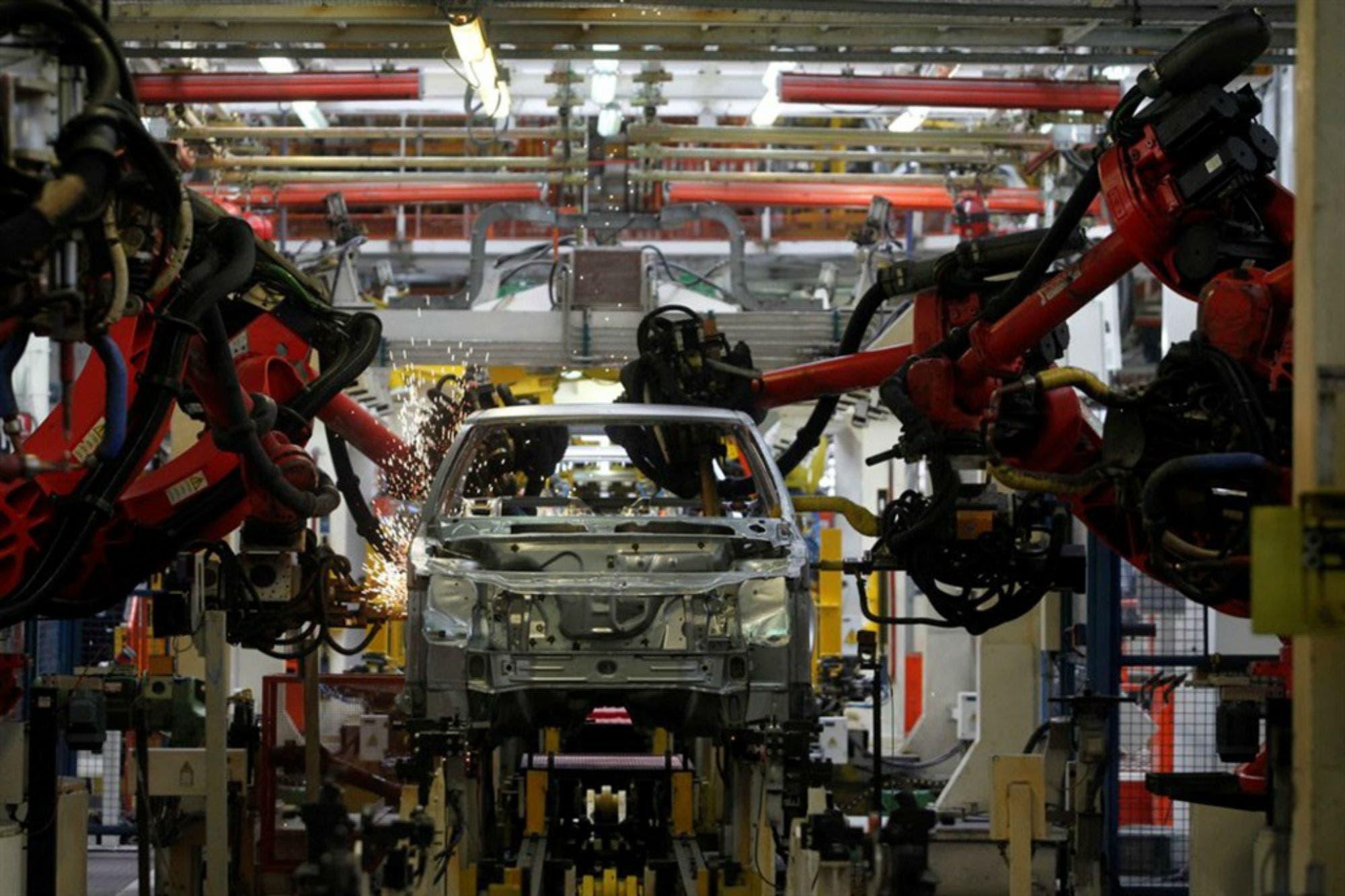 La producción de autos cayó 38,5% en diciembre, pero 2018 cerró solo un 1,4% abajo