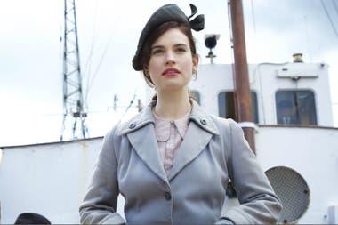 Lily James es la protagonista de este drama romántico de época que celebra el poder de la palabra escrita