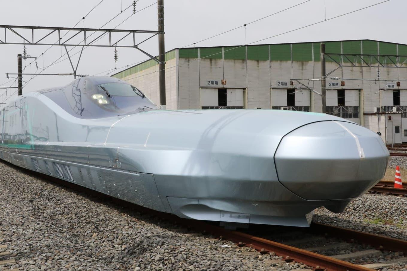 Actriz Porno Japonesa Shelvey Kawasaki japón comienza a probar un nuevo tren bala, el alfa-x