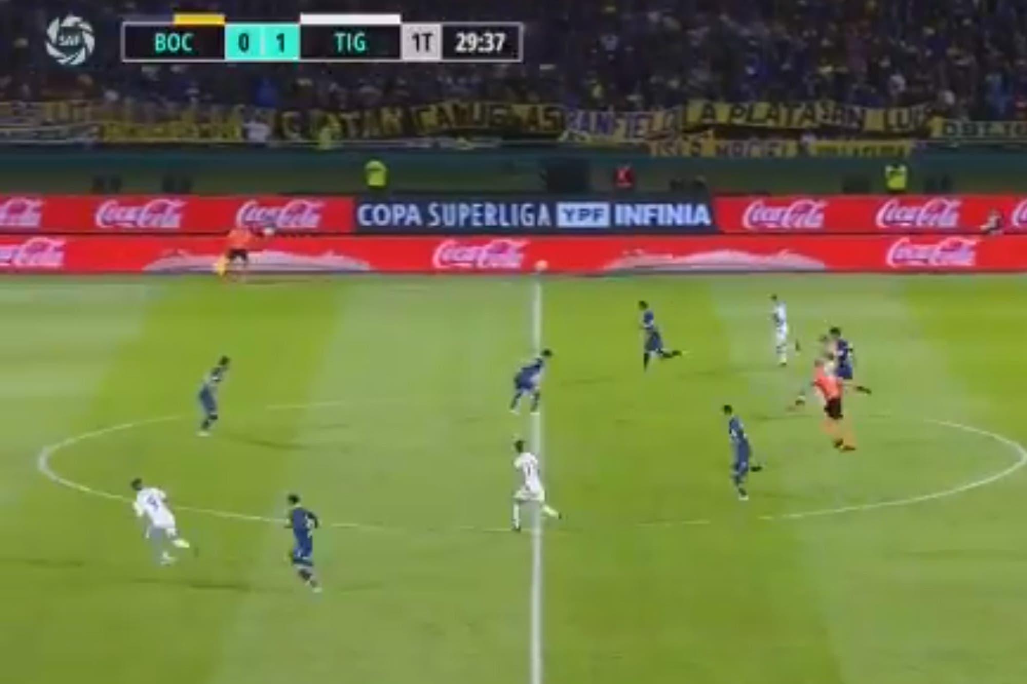 La actuación de Pitana: la dura entrada de Montillo sin sanción y el penal contra Boca