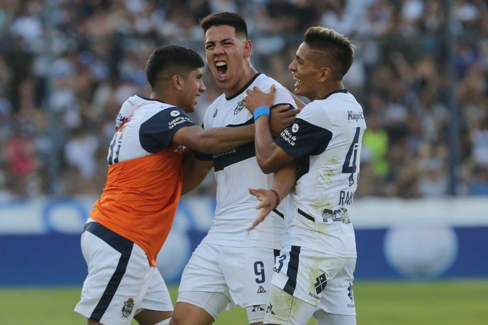 Gimnasia-Central Córdoba, por la Superliga: terminó el maleficio y el Lobo festejó como local