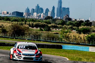Rubens Barrichello, la incorporación estelar de Toyota Gazoo Racing Argentina; el paulista compite en Súper TC2000 y Top Race