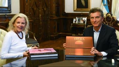 El presidente Mauricio Macri recibió en Casa de Gobierno a Kristine Tompkins