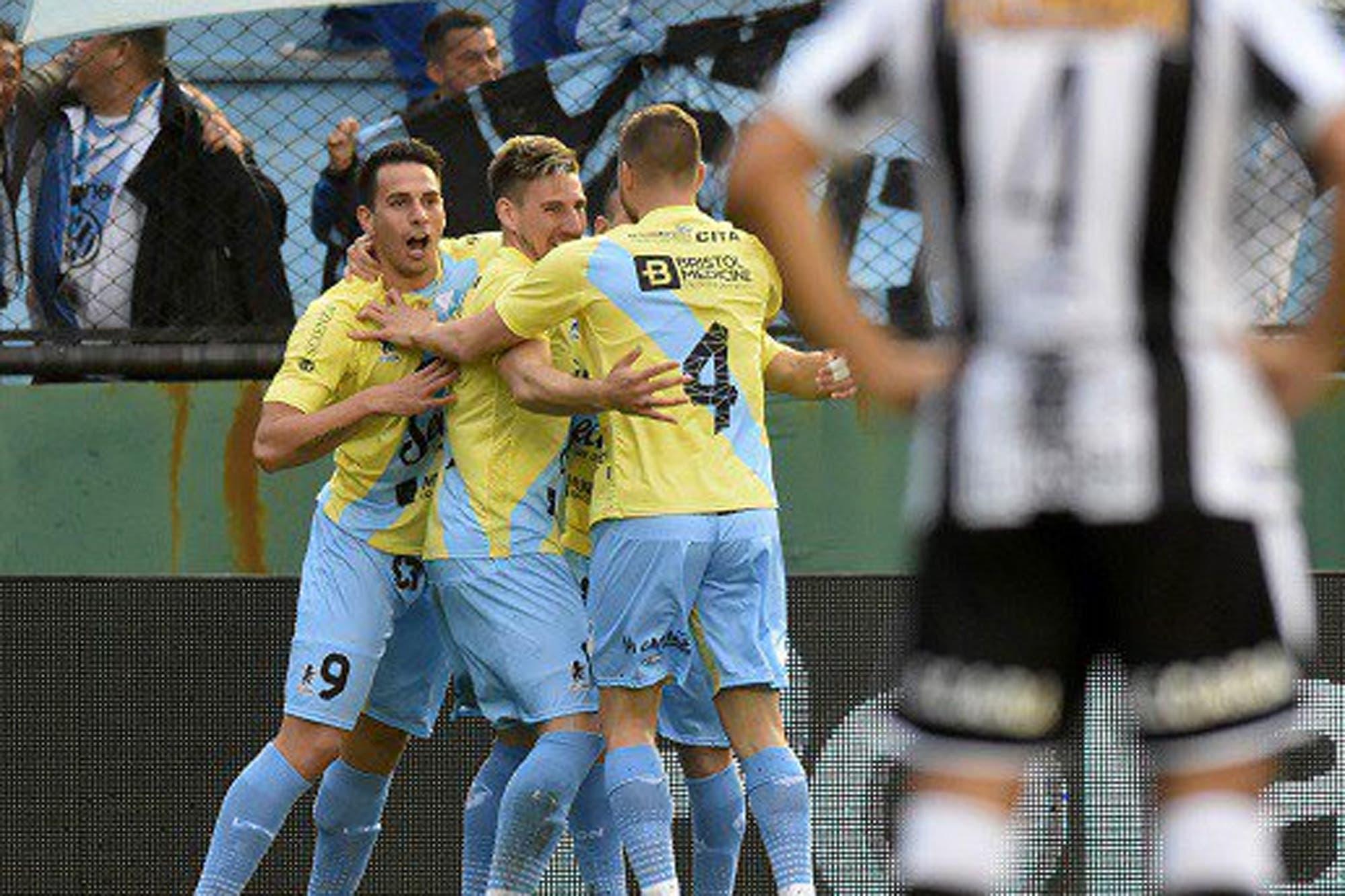 Copa Argentina: Temperley eliminó a Estudiantes de Caseros que falló el penal del empate