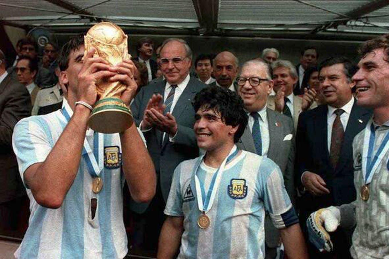 """""""Sin Brown no hubiésemos ganado el Mundial 86""""; la arenga de Maradona en el momento más delicado del Tata"""