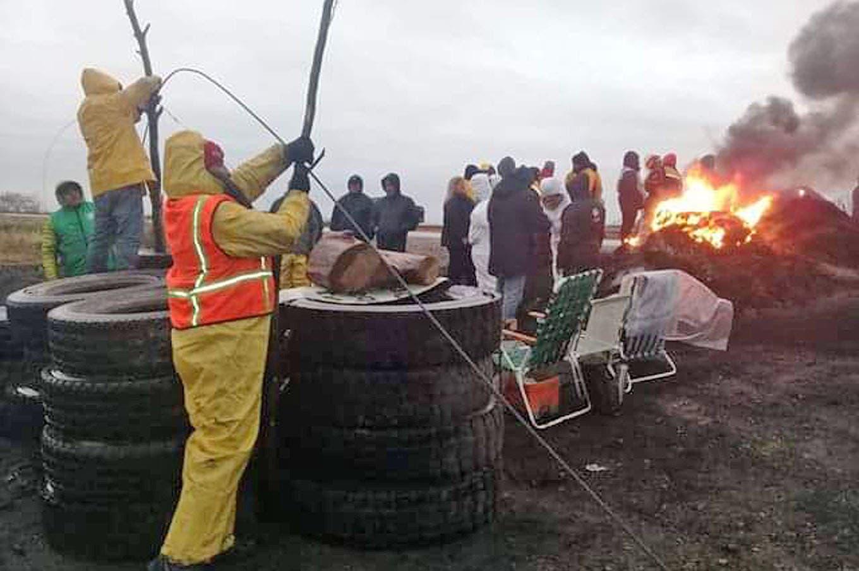Se agrava el conflicto con los estatales en Chubut y afecta la operatoria de los yacimientos petroleros