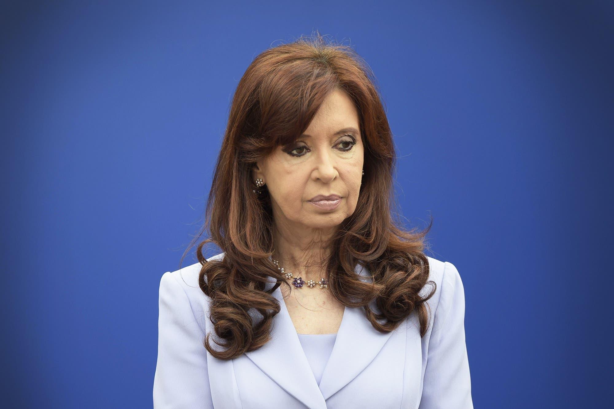 """Cristina Kirchner envió un saludo desde Cuba y tildó al gobierno de Macri de """"pesadilla"""""""