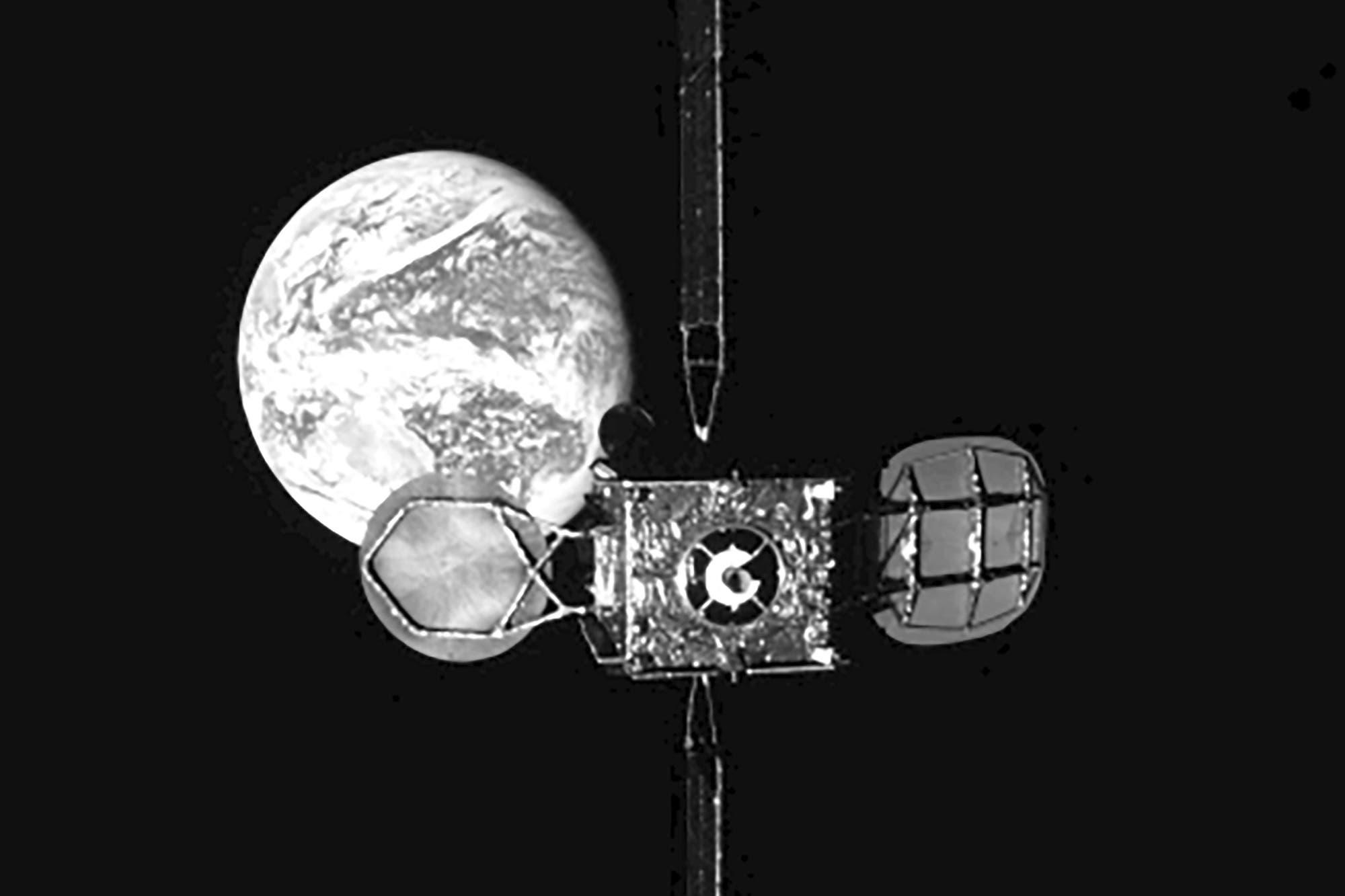 La pionera maniobra que unió a dos satélites en órbita (y por qué importa para el futuro de las misiones espaciales)