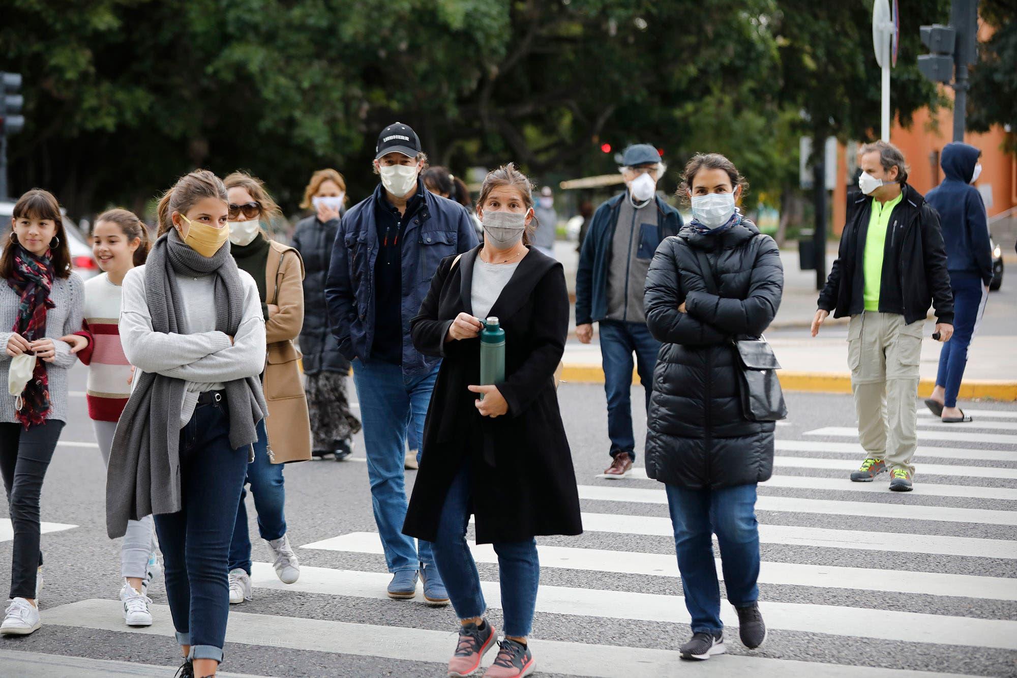 Coronavirus: hubo 723 nuevos casos en las últimas 24 horas y 494 se registraron en la ciudad de Buenos Aires
