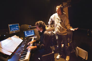 Miranda trabaja junto con el director musical Alex Lacamoire; la propuesta histórica modernizada tiene base de hip hip