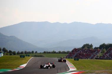 Kimi Räikkönen corre en Alfa Romeo; hace 20 años, el finés tuvo en Mugello su primer contacto con un coche de Fórmula 1, en una prueba con un Sauber; debutaría en la temporada siguiente con el equipo suizo.