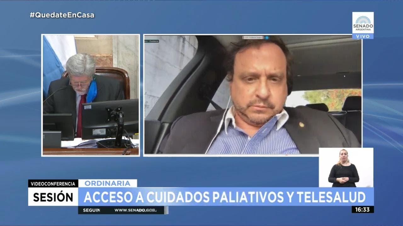 Insólito: un senador votó dos proyectos de ley desde su automóvil