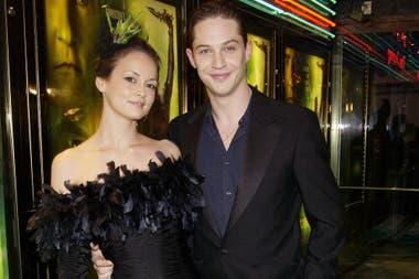 Tom Hardy y Sarah Ward, en el estreno de Star Trek Nemesis, en 2002