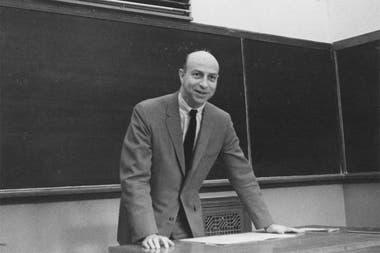 Melvin Kranzberg en la década de 1960; cuando fundó la Sociedad de la Historia de la Tecnología