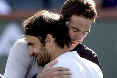 Del Potro y Federer, quien lo aconsejó de consultar en enero a su médico personal, Biedert, que finalmente lo operó