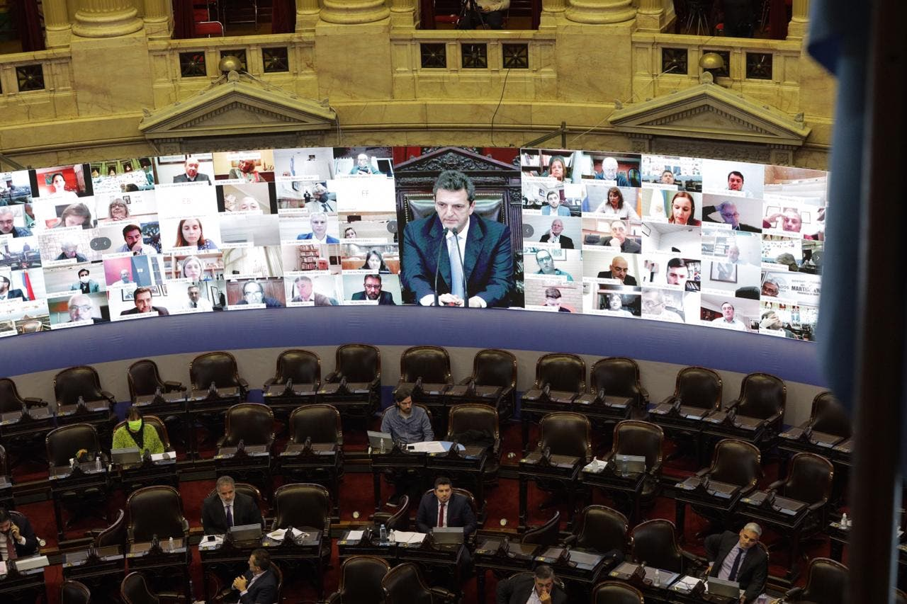 Diputados: en la primera sesión virtual, la oposición reclamó que cesen los superpoderes