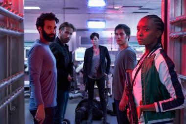La vieja guardia: Joe (Marwan Kenzari), Booker (Matthias Schoenaerts), Andy (Charlize Theron), Nicky (Luca Marinelli) y Niles (Kiki Layne)