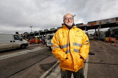 Andres Demichelis empleado reubicado del peaje parque Avellaneda de la autopista Perito Moreno ante la conversión a telepeaje