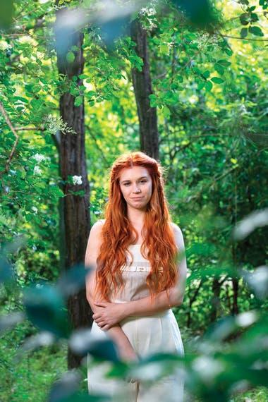 Connie Isla (26) es cantautora, actriz, vegana, activista y una de las referentes ecológicas más seguidas en las redes.