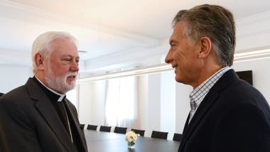Macri, con monseñor Paul Richard Gallagher en Olivos
