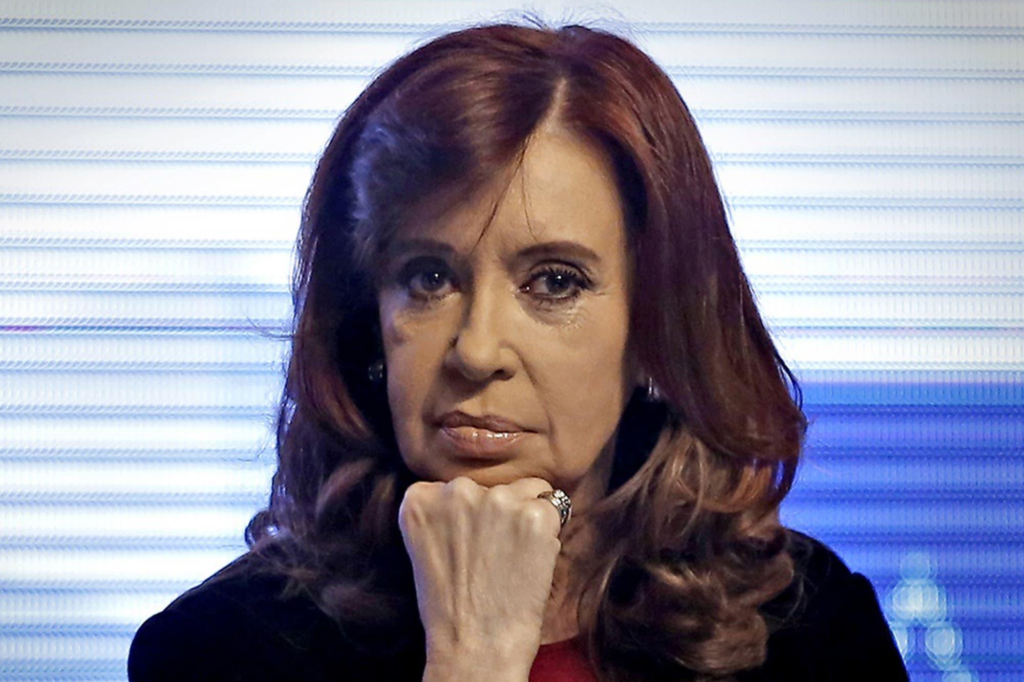 Proponen a Carrió, Stolbizer, Lanata y Fariña como testigos contra Cristina Kirchner
