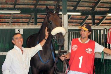 Después de conquistar todos los clásicos del hipódromo de San Isidro y de dirigir a cracks como New Dandy y Ráfaga, el bahiense le puso fin a su carrera hace 23 años, cuando rodó y fue pateado por otro caballo