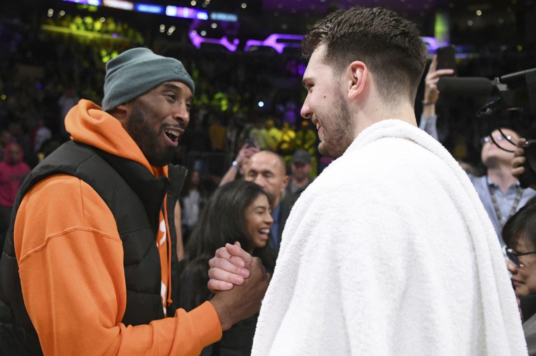 La curiosa reacción de Luka Donkic al ser saludado por Kobe Bryant en pleno partido
