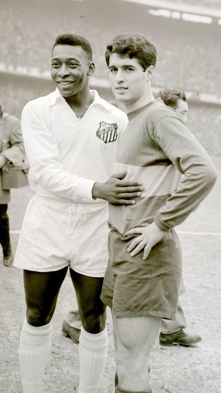 Pelé y Rojitas, un poster de la final de la Libertadores de 1963