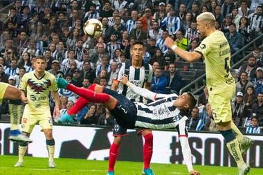 Golazo de chilena a América, en la final de ida del Apertura 2019 y en tiempo de descuento, para ganar 2-1. Epico.