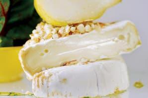 Ensalada de queso fresco y peras con vinagreta