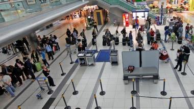 Resultado de imagen para Nuevas reglas de TSA aplican desde hoy a todo Estados Unidos
