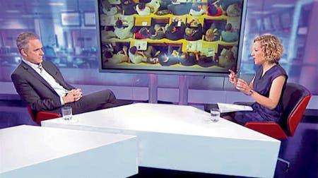 Peterson en diálogo con la periodista Cathy Newman, de la BBC. Subida a YouTube, la entrevista ya cuenta con siete millones de visitas