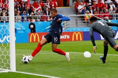 El gol de Mbappé que abrió el marcador a favor de Francia
