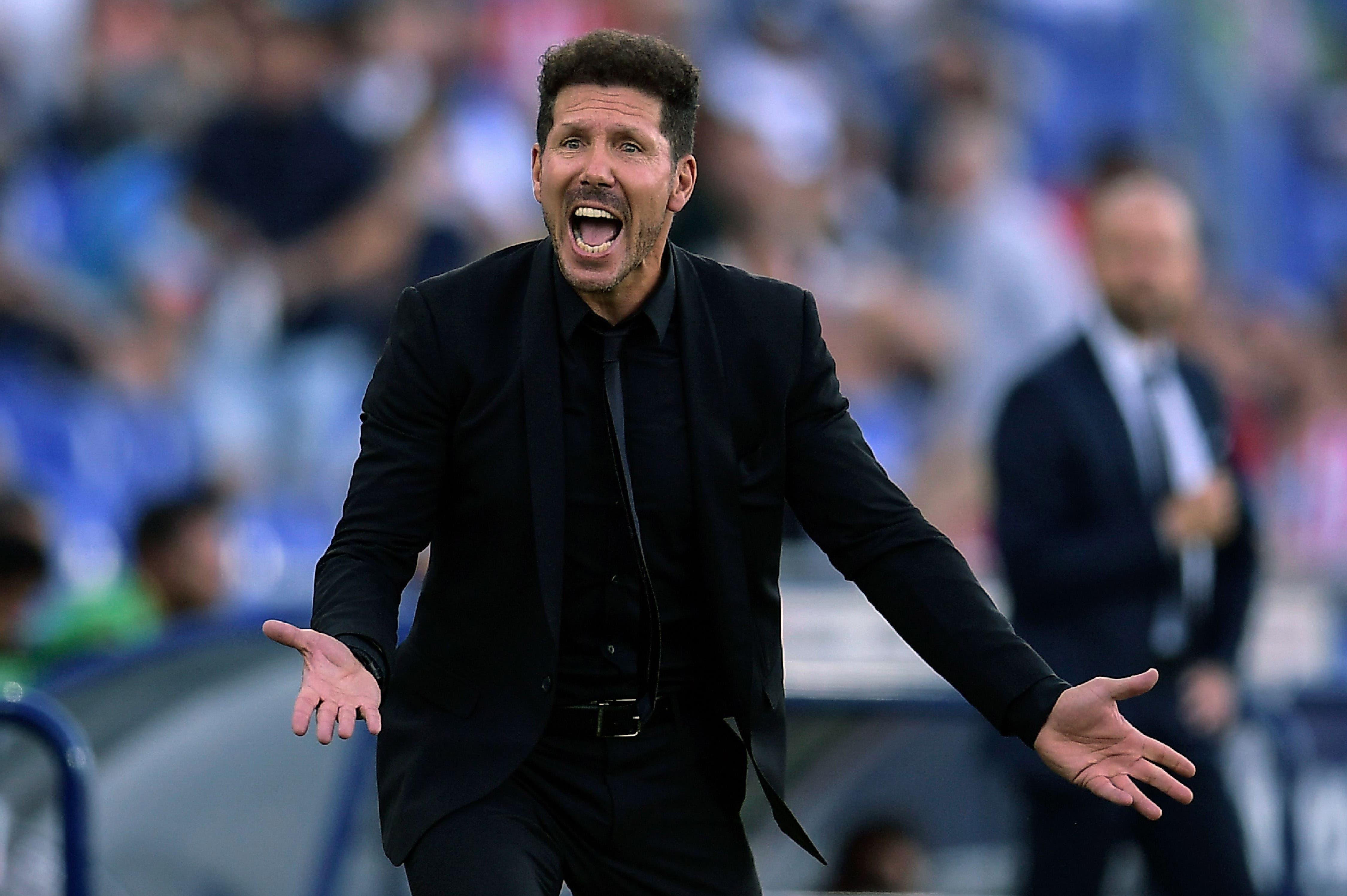 Real Madrid ganó tras una corrección del VAR y Diego Simeone festejó con el Atlético de Madrid