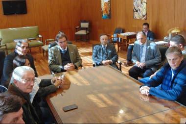 Los productores con los miembros del máximo tribunal de Justicia de Entre Ríos