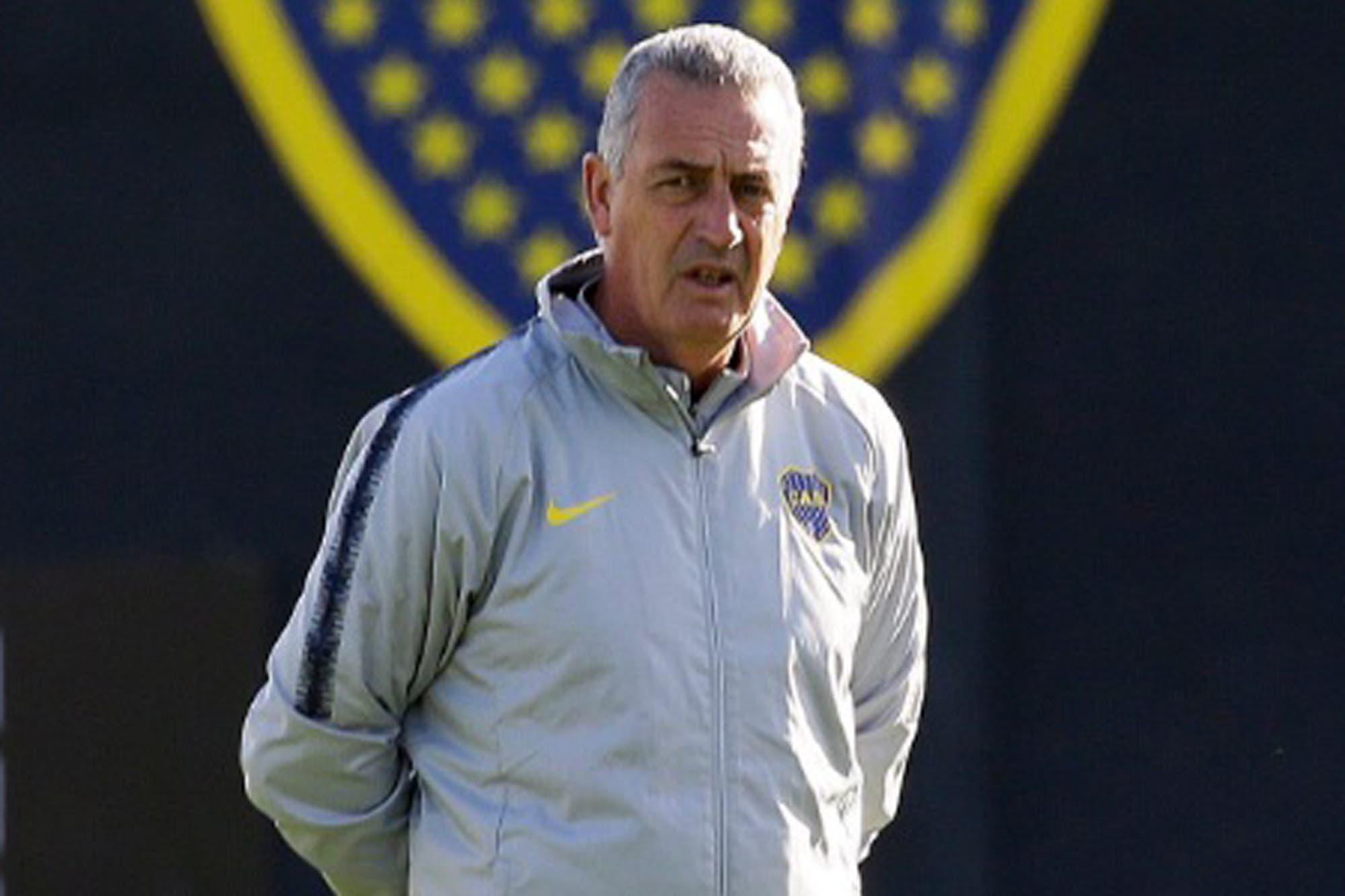 La preocupación de Alfaro rumbo al duelo de Boca contra Atlético Paranaense, por la Libertadores