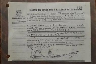 La ex funcionaria menemista, Matilde Menéndez, estuvo casada 4 años con el padre del líder social una década antes de que éste naciera