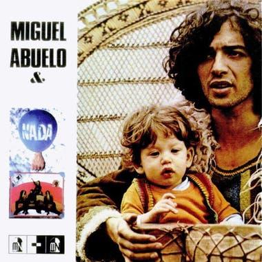 La tapa del álbum, con Miguel Abuelo y su hijo Gato Azul