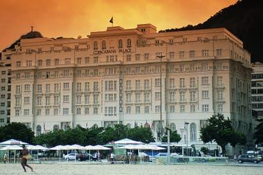 Desde 1923 que brilla en la playa más famosa del continente, esta es su historia