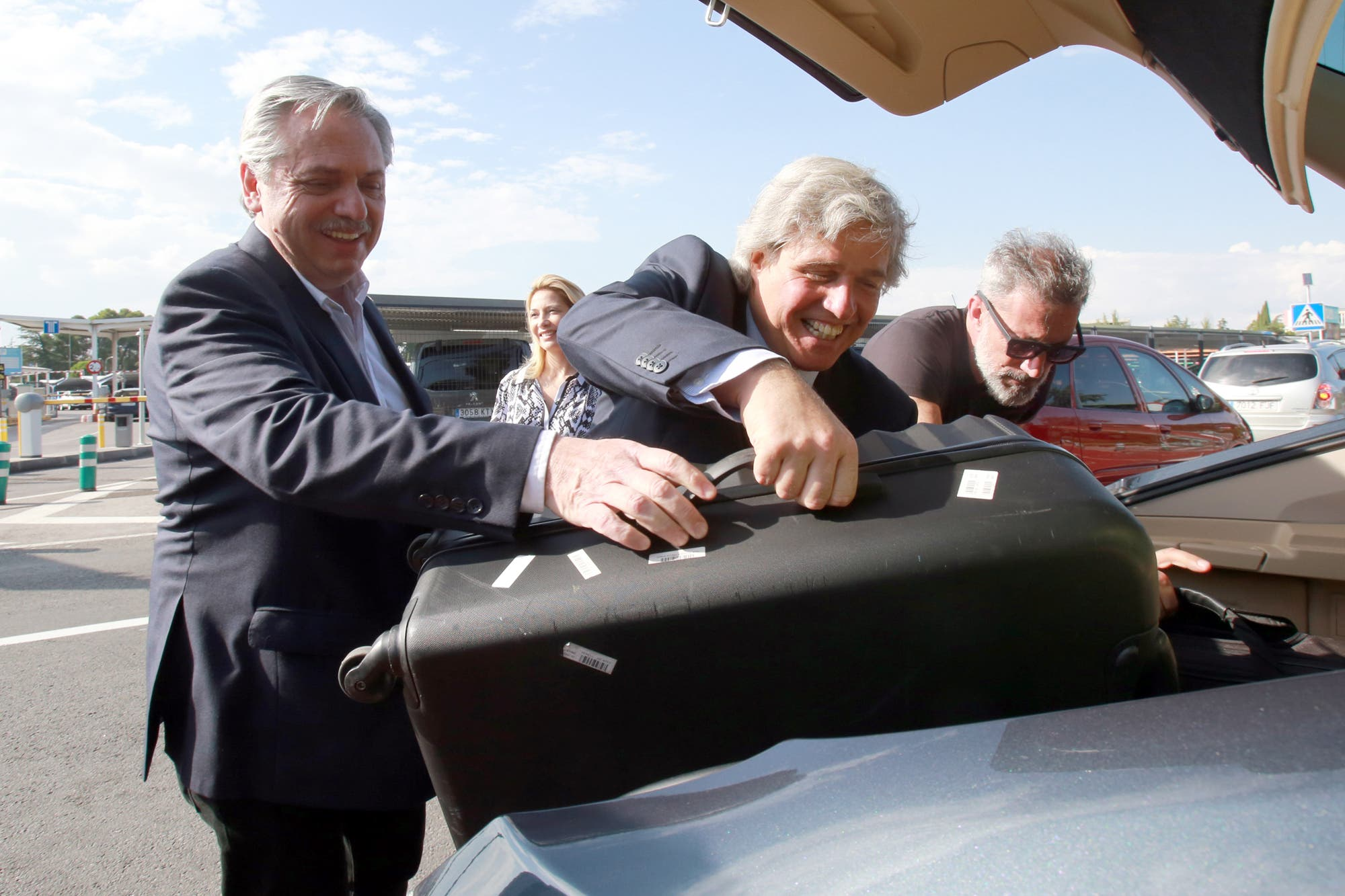 La visita de Alberto Fernández a Madrid se metió en la campaña electoral de Uruguay