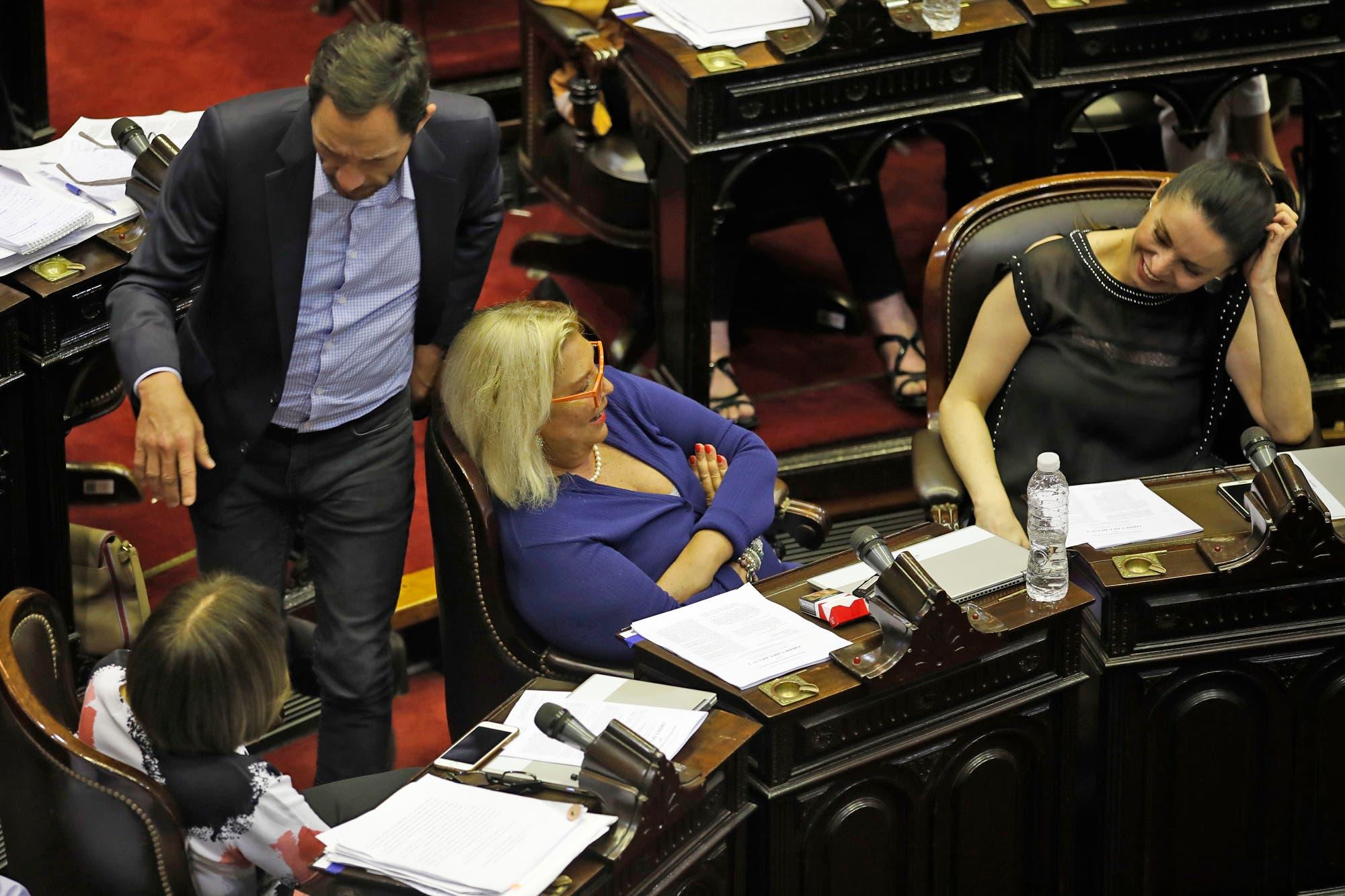 Apoyo a Guzmán de los legisladores de Carrió, con críticas a Kicillof y las internas