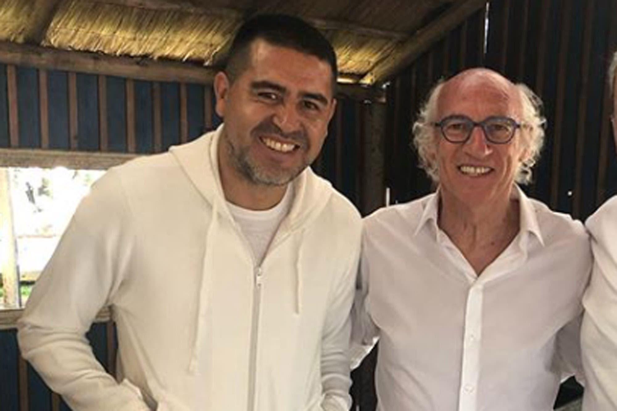 """Los """"140"""" de Carlos Bianchi y Margarita: todos de blanco en la fiesta doble de cumpleaños"""