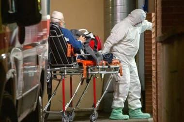 Los mayores de 65 años son los más golpeados por el coronavirus; por eso, la recuperación del paciente P, de 101 años, fue tomada como un símbolo de la lucha contra la pandemia en Italia